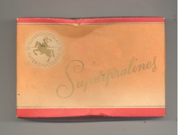 Boîte En Carton - Superpralines - Chocolaterie JACQUES à EUPEN ( Verviers) - Chocolat - Dozen