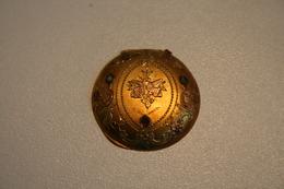 Dos De Boitier De Montre Ancien En OR - Bijoux & Horlogerie