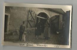Photographie Vincelles Ferme 1925 Photo Collée Sur Papier 7x11,5 Cm Env - Places