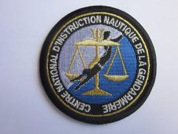 ECUSSON GENDARMERIE  CENTRE NATIONAL INSTRUCTION NAUTIQUE - Polizei