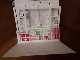 LANCÔME   Carte De VOEUX    Superbe Carte Pop-up  Avec Son Enveloppe  2 Photos  Ouverte / Fermée - Cartes Parfumées