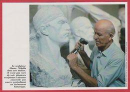 Le Sculpteur Llazar Nikolla Dans Son Atelier. Albanie. Encyclopédie De 1970. - Vieux Papiers