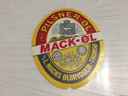 Ancienne Étiquette 1.1 BIÈRE ÉTRANGÈRE PILSNER ØL MACK ØL L MACKS ØLBRYGGERI TROMSØ - Bière