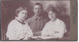 Wz-hoki-031  -  Hartkarton -  Soldatenaufnahme  Familienaufnahme    - Atelier  Willy Gerloff, Wittstock - Guerra, Militares