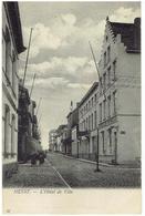 HEYST - L'Hôtel De Ville - N° 32  Edit. Th. Van Den Heuvel - Heist