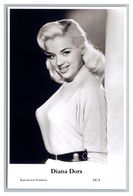 DIANA DORS - Film Star Pin Up PHOTO POSTCARD - 64-4 Swiftsure Postcard - Artistas