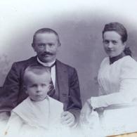 DEUTSCHE FAMILIE DAZUMAL - 50 - PERLEBERG - 1899 - WIDMUNG - Identifizierten Personen