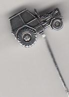 Pin Badge Anstecknadel ZETOR  Tractor Agricultural Machines Agro Landmachinen - Trademarks