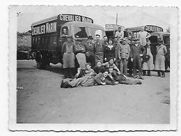 Camions Et Personnel De La Brasserie Brouwerij Chevalier Marin De Mechelen Photo 9x6 - Personas Anónimos
