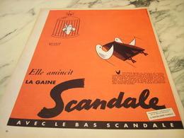 ANCIENNE PUBLICITE ELLE AMINCIT LA  GAINE SCANDALE  1955 - Habits & Linge D'époque