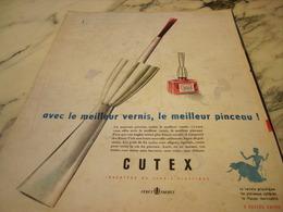ANCIENNE PUBLICITE LE MEILLEUR VERNIS ET MEILLEUR PINCEAU DE CUTEX 1955 - Parfums & Beauté