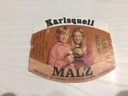 Ancienne Étiquette 1.1 BIÈRE ÉTRANGÈRE KARLSQUELL MALZ DRESSLER GETRANKE VERTRIEBS GMBH HAMBURG - Bière