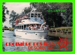 """BATEAUX, SHIP - """" LE SURVENANT III """" SUR LE CHENAL-DU-MOINE À SAINT-ANNE DE SOREL - - Commerce"""