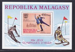 MADAGASCAR BLOC N°    9 ** MNH Neuf Sans Charnière, TB (CLR419) Jeux Olympiques à Innsbruck - 1975 - Madagascar (1960-...)