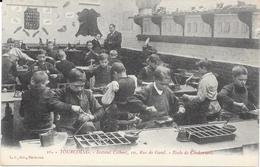 1264    TOURCOING : Ecole De Cordonnerie A L'Institut Colbert 10 Rue De Gand,animée. édit L.S - Tourcoing