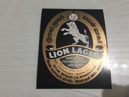 Ancienne Étiquette 1.1 BIÈRE ÉTRANGÈRE LION LAGER BREWED WITH CONTINENTAL MALT NUWARA ELIYA - Bière