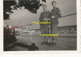 WW2 PHOTO ORIGINALE Soldat Allemand Bord De MEUSE MAAS Secteur NAMUR BELGIQUE BELGIË Mais Où ?? 1944 - 1939-45