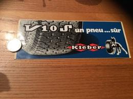 """AUTOCOLLANT, Sticker """"KLEBER V10 S Un Pneu Sûr"""" (chien) - Autocollants"""