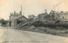 TRIEL SUR SEINE  VUE SUR LA GARE ET LES VILLAS - Triel Sur Seine