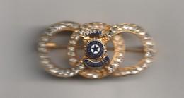Rare Broche De L'organisation  American Legion Auxiliary Service Pour Les Anciens Combattants - Militaria