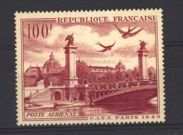 04781   -   France  -  Avion  :   Yv  28  * - Airmail