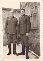 Foto 2 Deutsche Soldaten - 2. WK - 8*5,5cm (38761) - Guerre, Militaire