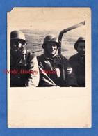 Photo Ancienne Snapshot - ALGERIE - Soldat Français Dans Un Camion Pou Aumale - Voir Casque Uniforme - Guerre - War, Military