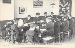 1268   TOURCOING : Ecole Cours De Dactylographie   A L'Institut Colbert 10 Rue De Gand,animée. édit L.S - Tourcoing
