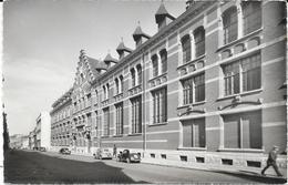 1269   TOURCOING : Ecole    A L'Institut Colbert 10 Rue De Gand,animée. édit L.S - Tourcoing