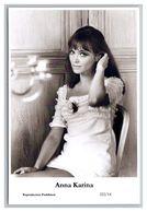 ANNA KARINA - Film Star Pin Up PHOTO POSTCARD - 222-14 Swiftsure Postcard - Artistas