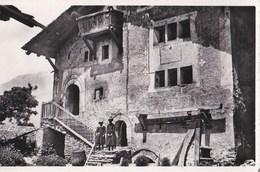 CPA : Lens (Valais Suisse)  Vieille Maison Du XII ème Siècle  Ed Dubost   Cadran Solaire - VS Wallis