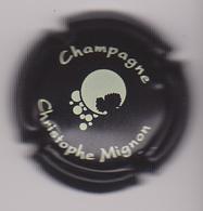 Capsule Champagne MIGNON Christophe ( 24g , Noir Et Blanc ) {S03-19} - Champagne