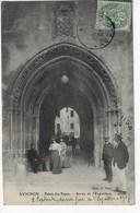 84 - AVIGNON - Palais Des Papes - Sortie De L'Exposition - Animée - 1916 (P139) - Avignon