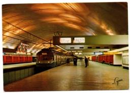 """CPSM GF 75 - PARIS - 1059. Ligne De Boissy St-Léger De La R.A.T.P. - La Station """"Nation"""" - Métro Parisien, Gares"""