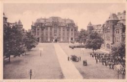 La Cour Intérieure De La Caserne Léopold Avec Le Bâtiment De L'(Etat-Major - Gent