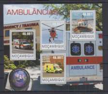 A90. Mozambique - MNH - 2014 - Transport - Cars - Ambulance - Transports