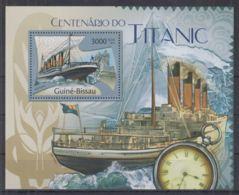 D90. Guinea-Bissau - MNH - 2012 - Transport - Ships - Titanic - Bl. - Transports