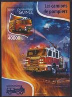 E90. Guinea - MNH - 2015 - Transport - Fire Trucks - Bl. - Transports