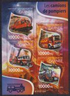 E90. Guinea - MNH - 2015 - Transport - Fire Trucks - Transports