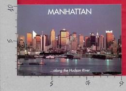 CARTOLINA VG STATI UNITI - NEW YORK - Manhattan Skyline At Dusk Along The Hudson River - 10 X 15 - ANN. 2000 - Multi-vues, Vues Panoramiques