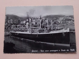 TOSCANA ( Genova - Una Nave Passeggeri A Ponte Dei Mille ) > Anno 195? Ferrovia Genova ( Zie/voir Photo ) ! - Dampfer