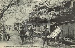 /!\ 8936 - CPA/CPSM - Japon : Yokohama : Pousse-Pousse Et Japonaises - Yokohama