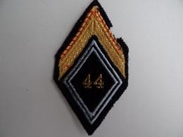 ECUSSON MILITAIRE En Tissu 44 Régiment Galon De Sergent Engagé Bataillon Armée Militaria - Ecussons Tissu