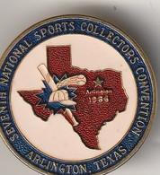Rare Pin's Septième National Sports Collectors Convention ArlingtonTexas - Pin's