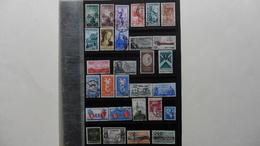 ITALIE   :29 Timbres Oblitérés - Collections