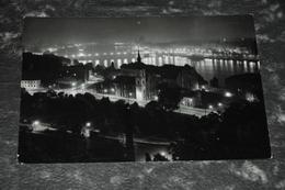 4658    BUDAPEST, LATKEP - Hongrie