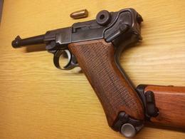 Pistolet P08 Luger + Crosse D'épaule - Armes Neutralisées