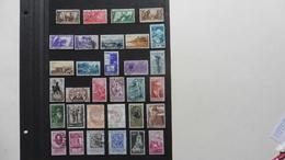 ITALIE   :32 Timbres Oblitérés - Collections