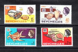 Seychelles  - 1967. Conchiglie. Shells. Complete MNH Fresh Set - Minerali