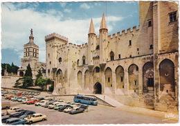 Avignon: 2x BORGWARD ISABELLA, CITROËN 2CV, DS, VESPA 400, PEUGEOT 403,404, VW 1200 KÄFER/COX - Palais Des Papes - Voitures De Tourisme
